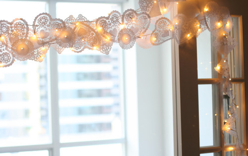 Valentine's Day string lights idea