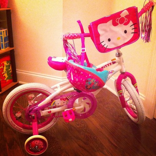 You have not lived until you build your child's first bike. I put that on erythang… #team321