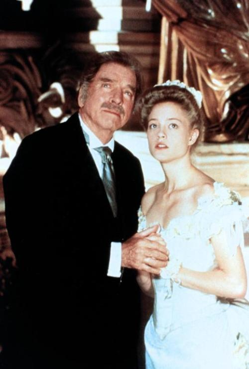 oldschoolphantoms:  Burt Lancaster and Teri Polo in the 1990 miniseries.