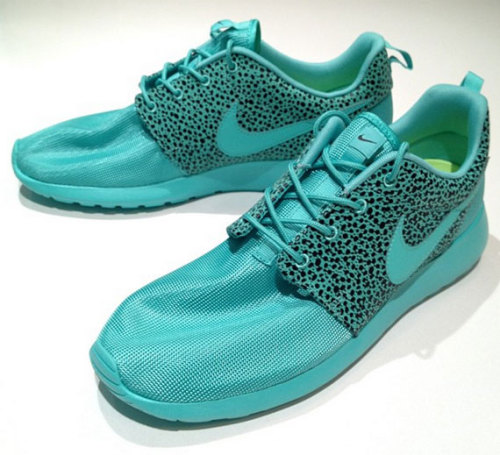 badp0p:  Nike Roshe Run - Summer Safari