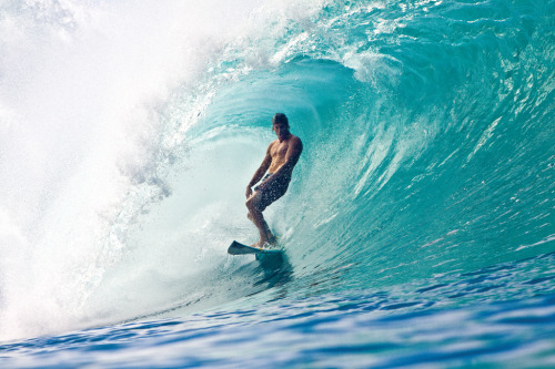 surf4living:  el man, bruce irons