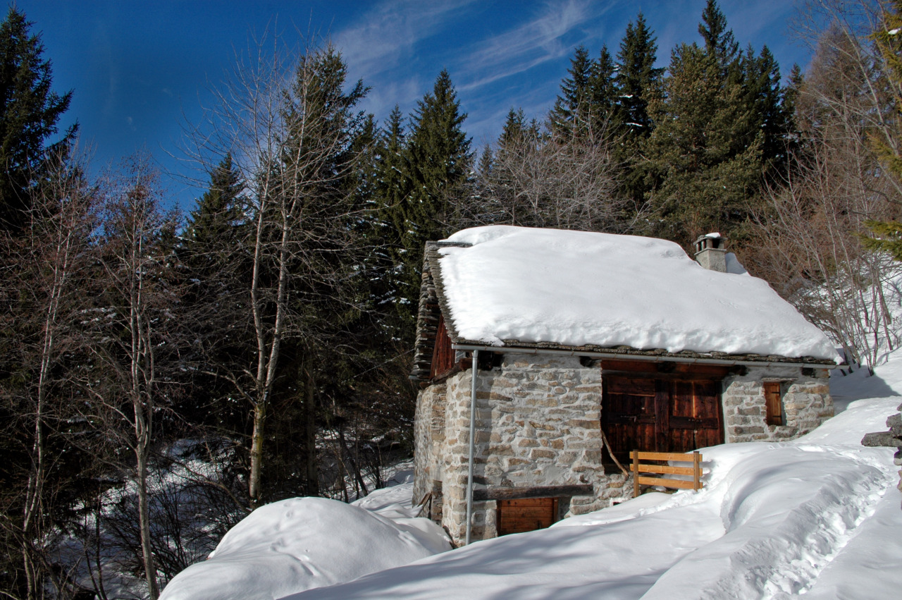 cabinporn:  La Baita, a stone barn in Val d'Ossola, in the central Alps of Italy. Originally built in the 1750s, it was renovated as a cabin by Federico Vagliani in the 1970s. Submitted by Federico's son Carlo Vagliani.