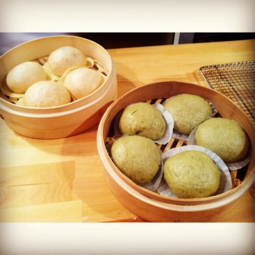 Steam buns ( 찐빵 ) made on my first @sidetour!