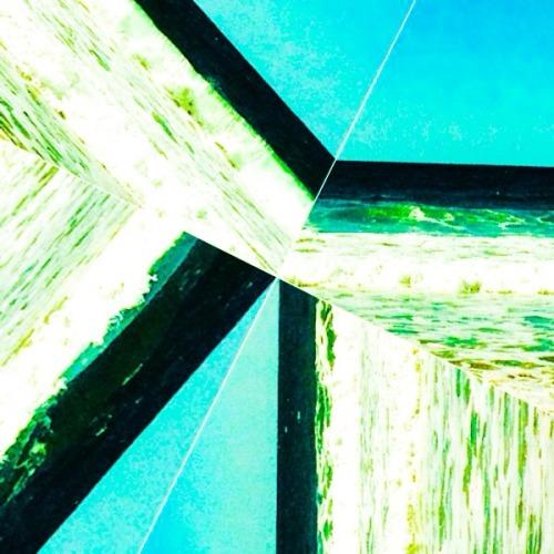 Abstract Waves  #waves #angular #fashion #graphics #print #BeachInspiration #rivets #layers
