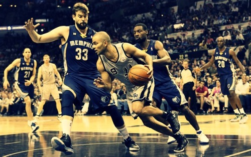 WCF: SPURS - GRIZZLIES GAME 2 Final: Spurs 93, Grizzlies 89 When Tony Parker started running low on masterful plays, Tim Duncan was there to take over and lead the San Antonio Spurs to a 2-0 lead in the Western Conference finals. Parker had 15 points and a career playoff-high 18 assists, Duncan scored San Antonio's first six points of overtime and the Spurs bounced back after squandering a 13-point lead in the fourth quarter to beat the Memphis Grizzlies 93-89 on Tuesday night. #TheTripleDouble