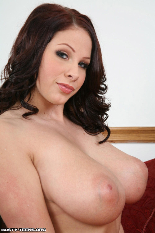 titsandeyes:  Tits and Eyes http://titsandeyes.tumblr.com #2200