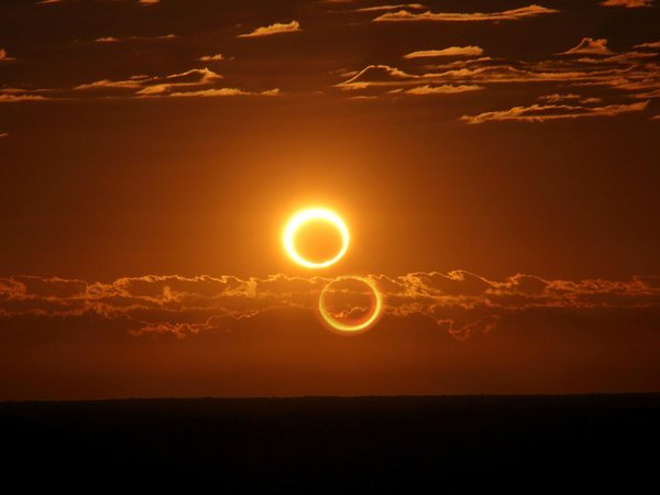 'Ring of Fire' solar eclipse puts on a dazzling show in Australian Outback