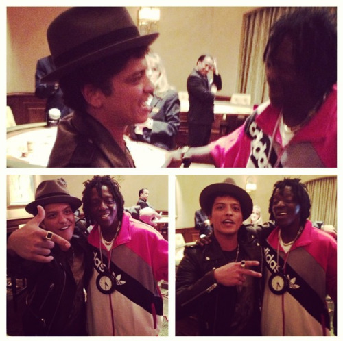 "bruno-news:  @fez_addedflava: ""#Brunomars #meeting #flavorflav for#firstime #mgmgrand #casino #vip#private #blackjack #3am #monster#stacks #dropped@added_flava_audio_labs #lasvegas#music #billboard #conversation#business #realtalk #legend and #new#school #interesting #balance#awareness #conciousness #peace#unity #power"""