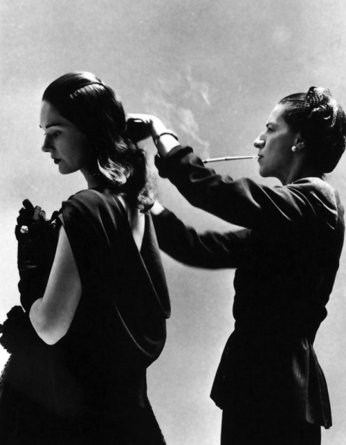 Diana Vreeland adjusts Marilyn Ambrose's dressphoto by Richard Avedon, 1946