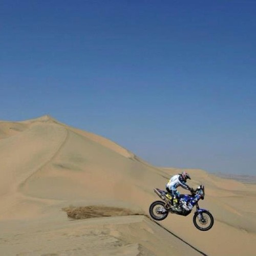 fuckyeahdirtbikes:  Dakar 2013 💪 #dakar #supercross #dirtbikes #mud #dirt #fmx #motocross #freestylemotocross #freestyle #monster #monsterenergy