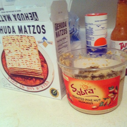 whatcha know about that #matzo #hummus type shit?!?!! (; #munchies #jew jk #passover