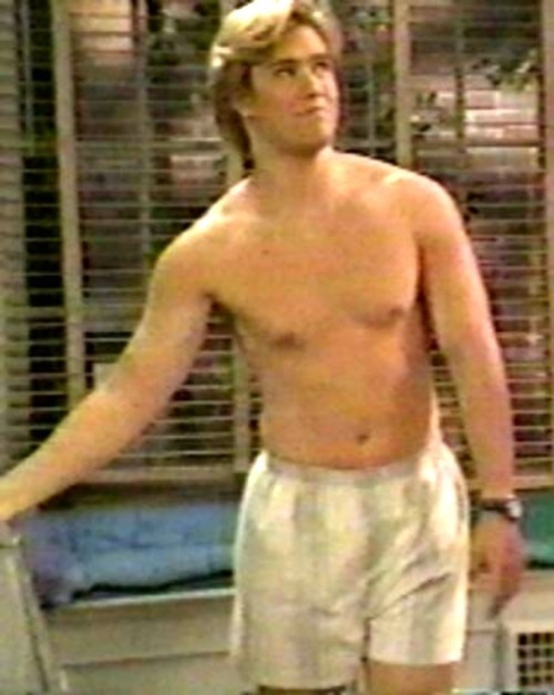 "Mark-Paul Gosselaar in ""SAVED BY THE BELL: THE COLLEGE YEARS"""
