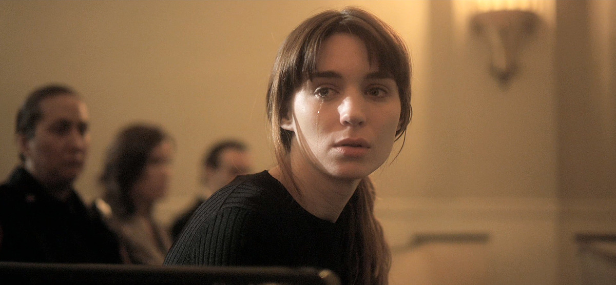 Actress Rooney Mara stars in Steven Sodebergh's Side Effects thriller, which looks kind of crazy. From the newest trailer.