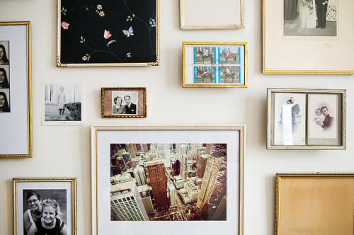 frames (via emptieds: .2516 by hildagrahnat on Flickr)