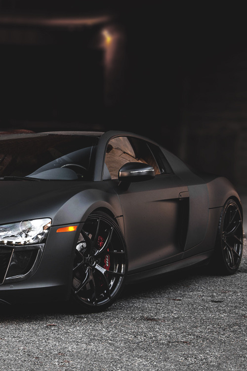 johnny-escobar:  Matte R8