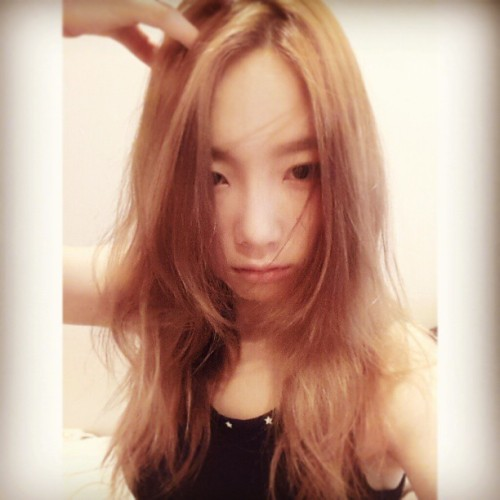 "m-iyoung:  [taeyeon_ss] ""I think…i need to change my hair :( cut? or…"""