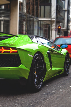 johnny-escobar:  LP760-4 Aventador