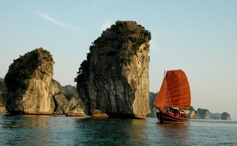 Hanoi - Hoalu -Tamcoc -Sapa -Halong Bay Stay overnight on junkDuration: (07days/6nights) Departures on : Everyday Brief descriptionce:7 Days Travel Package Stop…View Post