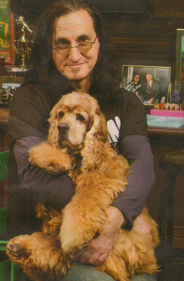 sex-drugs-andtroll2:  As a thank you to my 100 followers, here's Geddy Lee with a puppy!  Puppeh! <3