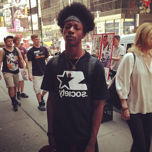 poetic-niggaz:  you4eya:  Joey Bada$$  THat hair gettin crazy