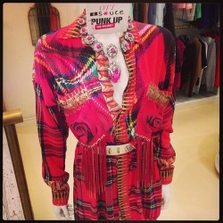 How can one resist this @ottdubai piece! #tartan #plaid #pins #studs and a whole lot of @zayanthelabel and @shouroukr 💕come check out the rest at s*uce @thedubaimall 💃#sauceloves #shourouk #ott #red #metgala #punk #punkupthevolume #ballgownsgonepunk