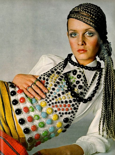 Twiggy Vogue cover, 1967