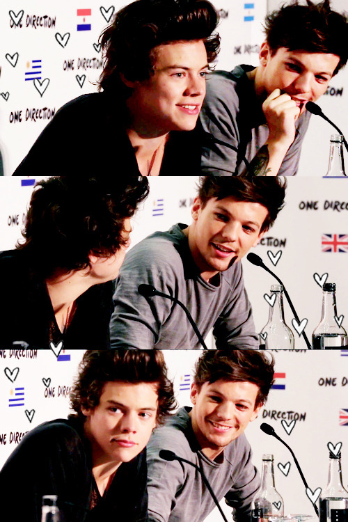 bestfates:   harry is louis's sunshine (✿◠‿◠)  #LOUIS' SMILE LOUIS' SMILE LOUIS' SMILE LOUIS' SMILE LOUIS' SMILE LOUIS' SMILE #LOUIS' EYES LOUIS' EYES LOUIS' EYES LOUIS' EYES #LOUIS LOVES HARRY #HARRY LOVES LOUIS #SMITTEN AS THE DAY THEY FIRST MET #BYE BYE BYEBYEBYAEWOIGUJBSDLKJWEOIF