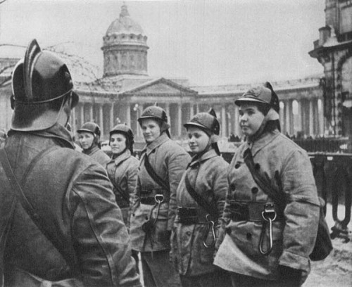 All-female volunteer firefighter brigade, Leningrad 1941-1942 [600x489] - Imgur