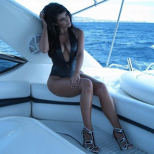 #perfection #kim #kardashian #sexy