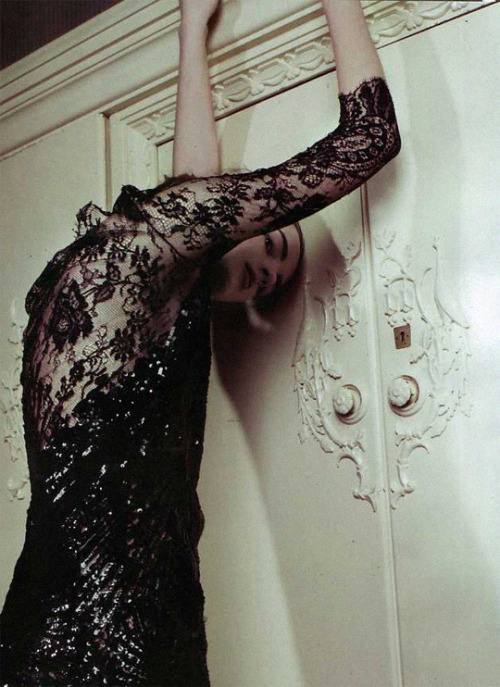 """bienenkiste:  """"Doppio Sogno"""". Daria Strokous by Claudia Knoepfel & Stefan Indlekofer for Marie Claire Italy October 2008"""