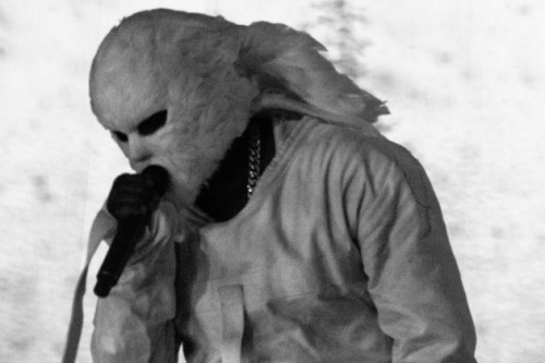 Kanye once again in his snowman mask!