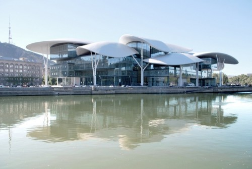 (via Tbilisi Public Service Hall / Massimiliano and Doriana Fuksas Tbilisi Public Service Hall / Massimiliano and Doriana Fuksas (3) – ArchDaily) Tbilisi, Georgia
