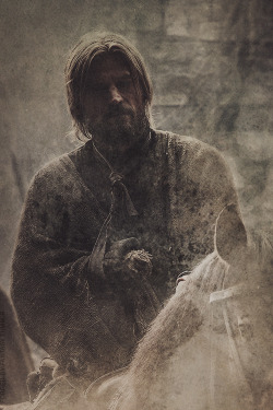 Jaime's walls were gone. They had taken his hand, they had taken his sword hand, and without it he was nothing. The other was no good to him. Since the time he could walk, his left arm had been his shield arm, no more. It was his right hand that made him a knight; his right arm that made him a man.