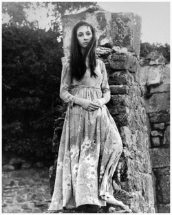 Anjelica Huston at age 16 in Ireland, 1968
