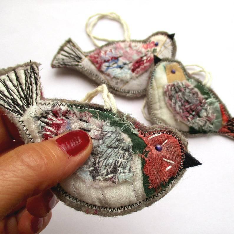 Stitched feathers  Available HERE #birds#ornaments#christmas tree#gift ideas#bozena wojtaszek#home decor