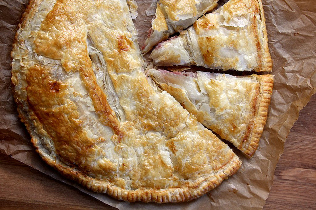 (via Joy the Baker – Ham and Cheese Puff Pastry Pie) Ham and cheese and PUFF PASTRY. It's one big ass puff pastry.