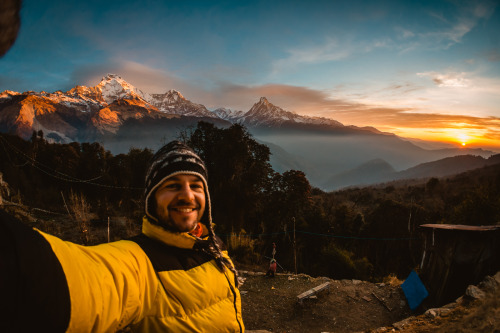 rucksackandacamera:  Up at 6am at 3000m in Nepal to watch the sunrise over the Annapurna massif and Machhapuchhre (Fish Tail Mountain). Beautiful!