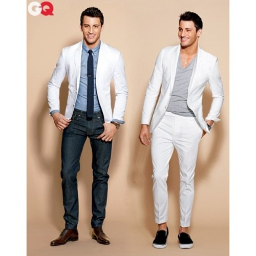 Invest in a white suit this spring/summer. #menstyle #mensfashion #gq #gucci #fashion