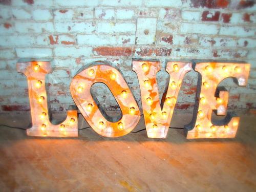 De mi mano by b4living diy3 decoracion con letras for Letras luminosas decoracion