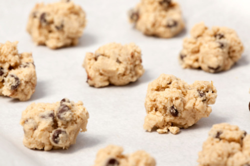 These cookie dough bites are also healthy! They are not only dairy free, but have whole grain oats in them as well