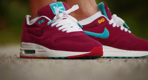 sweetsoles:  Nike Air Max 1 'Parra x Patta' (by Haiv-vam Lee)