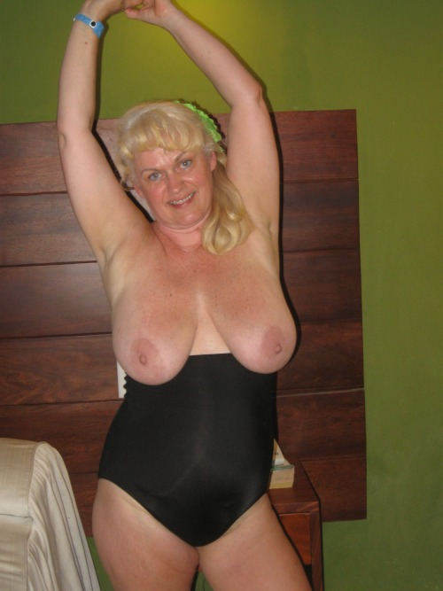 spirited1 (spirited1@########) submitted: With The Simple Caption: BBW,blonde  Keep The Submissions Cummin!