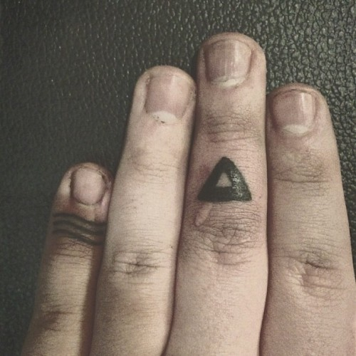 #closeup of my #new #additions.   #tattoos #blackink #triangle #lines #fingertattoos #bodymods #modifications #dirty #ink