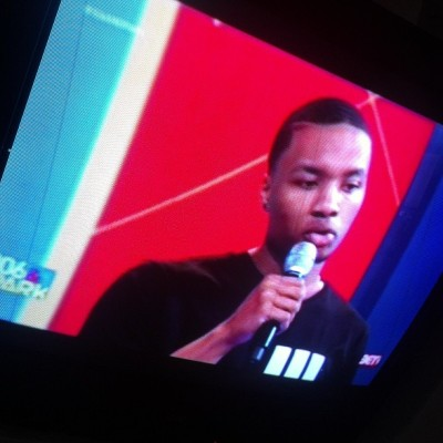@damianlillard on #bet #106&park …. my pops and his pops is bestfriends thats crazy how small dis world is!!! Its how small #oakland is… #congrads to the #rookieoftheyear #brookfield #oakland standup man he holding it down