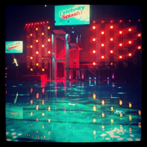 I'm here!!! #CelebritySplash