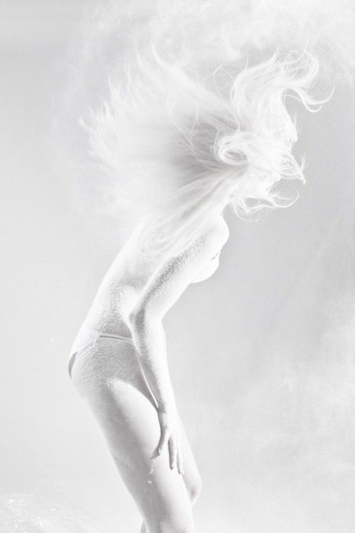 life1nmotion:  White Powder by Ela Zubrowska via Behance.