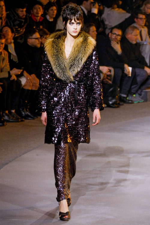 yourmothershouldknow:  Marc Jacobs Autumn/Winter 2013 New York Fashion Week
