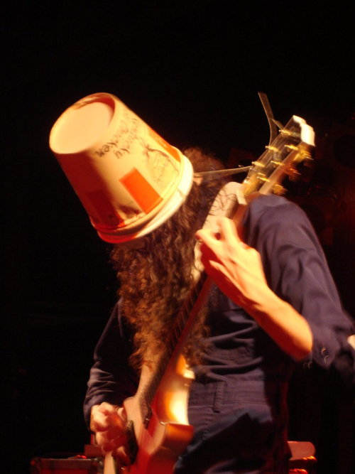 bucketheadblog:  buckethead bb kings 11-1-08by ~swolfy