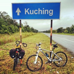 rifkisyabani:  #bikepacker #bike2everywhere #bikepackerindonesia goes malindo x-over country. (at Kampung Matang)