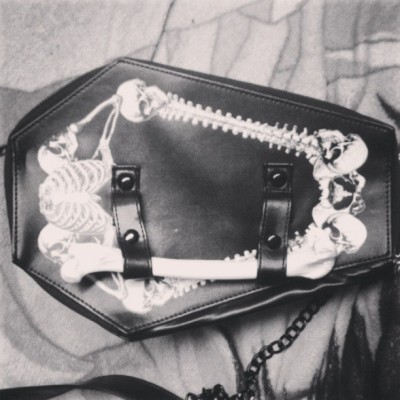 Awww yeah, my new bag. #coffin #bag #coffinbag #skeleton #bone #bones #kreepsville666
